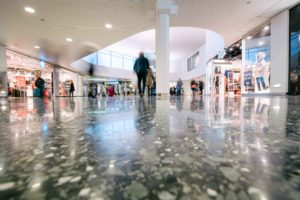 Polerat golv köpcentrum